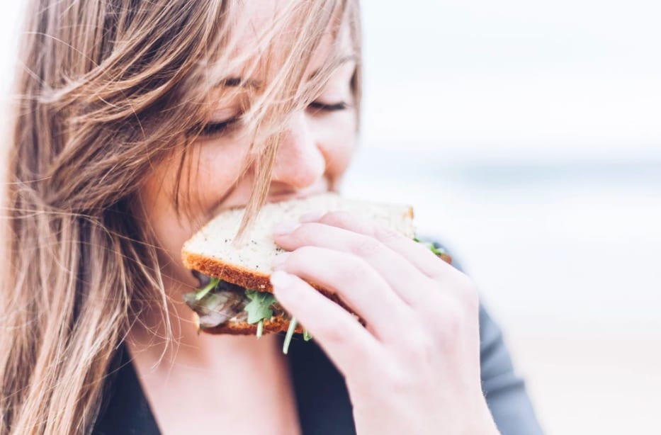 What happens to your body when you binge eat | Geeky Camel